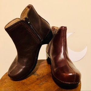 DANSKO Brown Leather Ankle Boots - never worn!